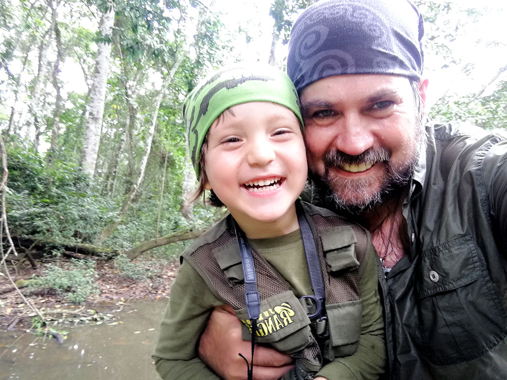 Tambopata: La Importancia de Viajar con los Hijos